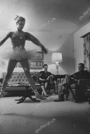 Miss America 1958, Mary Ann Mobley's family in their home.