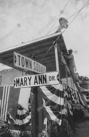 A street named for Miss America Mary Ann Mobley in her hometown.