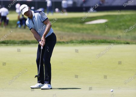 Martin Laird of Scotland putts on the thirteenth hole during the first round of the 2021 US Open golf tournament on the South Course of the Torrey Pines Golf Course in San Diego, California, USA, 17 June 2021.