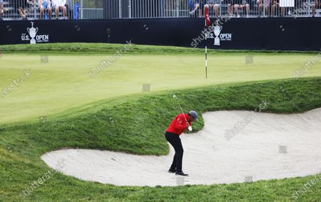 Jhonattan Vegas of Venezuela reacts hits out of a bunker on the eleventh hole during the first round of the 2021 US Open golf tournament on the South Course of the Torrey Pines Golf Course in San Diego, California, USA, 17 June 2021.