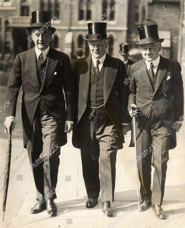 Memorial Service For Lord Grey At Westminster Abbey. Mr Hailsham Arriving (centre) Mr Bruce On Left.