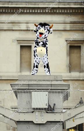 Antony Gormley 100 Day Project On The Fourth Plinth In Trafalgar Square. Paul Scofield From Glasgow