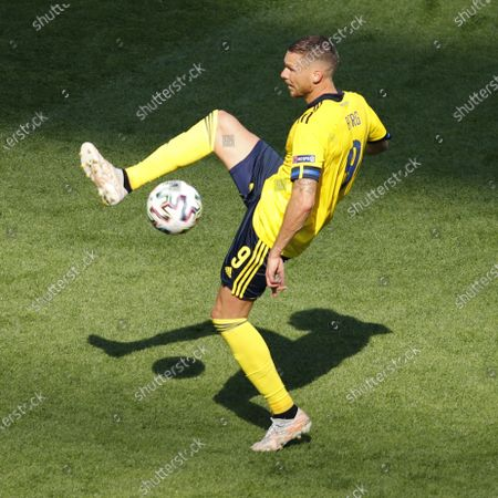 Marcus Berg of Sweden in action during the UEFA EURO 2020 group E preliminary round soccer match between Sweden and Slovakia in St. Petersburg, Russia, 18 June 2021.