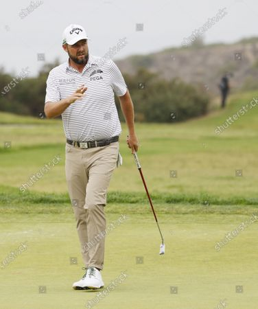 Marc Leishman of Australia reacts after putting in on the eighth hole during the second round of the 2021 US Open golf tournament on the South Course of the Torrey Pines Golf Course in San Diego, California, USA, 18 June 2021.