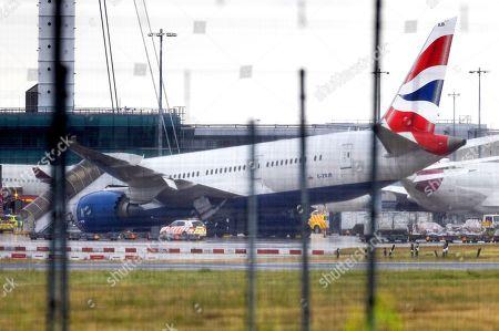 Landing gear collapse at Heathrow, London