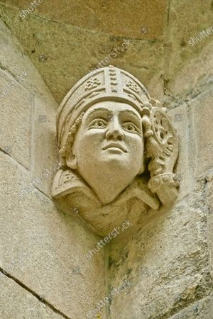The new carved stone head on abbey gateway of Hugh Farendon, the last Abbot of Reading.People of Reading came together today to celebrate 900 years since Reading Abbey, one of EuropeÕs largest royal monasteries, was founded by King Henry I of England.Reading Abbey was founded in 1121 and was one of the wealthiest and most important monasteries of medieval England.Today, the remains of the Abbey can be found throughout the former precinct known as the Abbey Quarter in the heart of Reading, sharing the site with the Victorian Reading Prison buildings. It is a site of huge archaeological and historic importance.