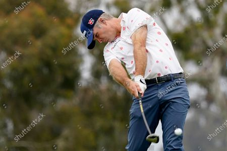 Kevin Streelman plays his shot from the second tee during the third round of the U.S. Open Golf Championship, at Torrey Pines Golf Course in San Diego