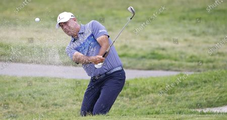 Stewart Cink of the US hits out of a bunker on the tenth hole during the final round of the 2021 US Open golf tournament on the South Course of the Torrey Pines Golf Course in San Diego, California, USA, 20 June 2021.