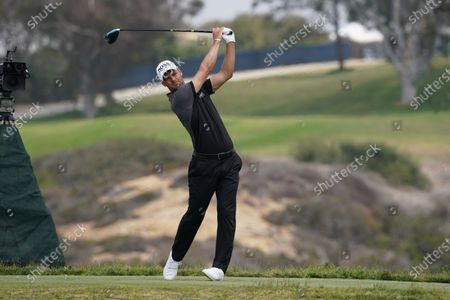 Martin Kaymer tee shot on the 5th hole during the fourth round of the 2021 U.S. Open Championship in golf at Torrey Pines Golf Course in San Diego, California, USA.