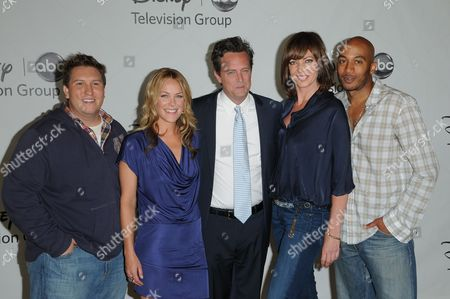 Nate Torrence, Andrea Anders, Matthew Perry, Allison Janney and James Lesure