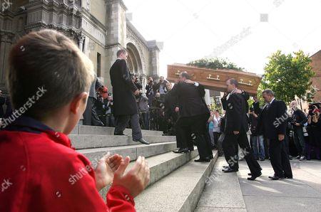 Alex Higgins' coffin