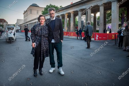 The Berlinale award ceremony in the open-air cinema on Museum Island, with Maria Schrader and Jan Schomburg.