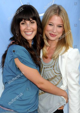 Carly Pope and Ellen Woglom