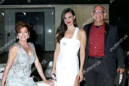 Carolyn Hennesy, Briana Lane, and Max Gail