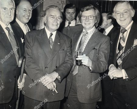 Billy Butlin With Clive Dunn And Patrick Cargill At A Lunch At The Churchill Hotel To Honour Sir William Organised By The Grand Order Of Water Rats. Sir William Heygate Edmund Colborne ('billy') Butlin (29 September 1899 ? 12 June 1980) Was The Founder Of Butlins Holiday Camps. Sir Billy Butlin.