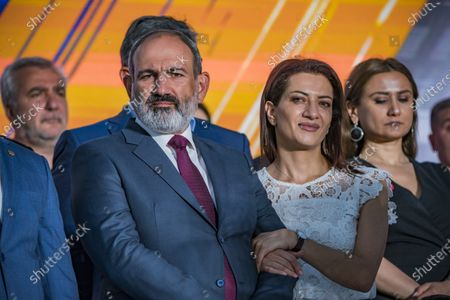 Nikol Pashinyan, main candidate for the Civil Contract party,  with his wife in a rally in Yerevan after winning the parliamentary elections in Armenia.