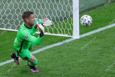 (210622) - AMSTERDAM, June 22, 2021 (Xinhua) - Goalkeeper Maarten Stekelenburg of the Netherlands makes a save during the UEFA Euro 2020 Championship Group C match between the Netherlands and North Macedonia at Johan Cruijff Arena in Amsterdam, the Netherlands, June 21, 2021.