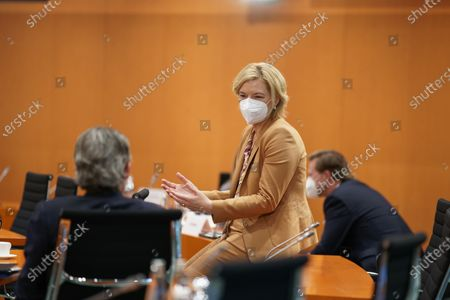 Minister of Agriculture Julia Kloeckner (CDU) before the cabinet meeting