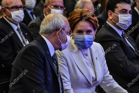 Kemal Kilicdaroglu (L), the leader of the main opposition Republican People's Party (CHP), and Meral Aksener, the leader of the opposition IYI (Good) Party, attend the presentation of Baskent Kart.