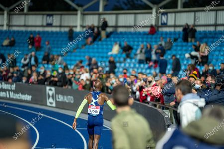Lap of honour for Mo Farah as he says goodbye to Manchester crowds as he fails to meet the Olympic Games 10,000m Qualifying time; Manchester Regional Arena, Manchester, Lancashire, England; Muller British Athletics Championships.