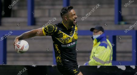 Kenny Edwards of All Stars cele at the end of the match