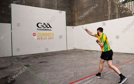 """GAA Handball officially launched their """"Summer Series 2021"""" Initiative at the outdoor Ballyshannon Handball Alley. The initiative aims to increase the visibility of Handball in Ireland again through outdoor play. Special guests included former Donegal All-Ireland winning All-Star Frank McGlynn, and current Donegal Senior star Paul Brennan."""