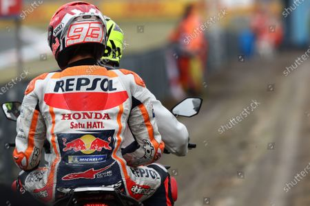 TT CIRCUIT ASSEN, NETHERLANDS - JUNE 25: Marc Marquez, Repsol Honda Team after crash during the Dutch GP at TT Circuit Assen on Friday June 25, 2021 in ASSEN, Netherlands. (Photo by Gold and Goose / LAT Images)