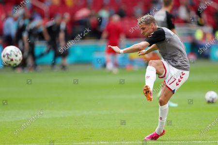 Jens Stryger Larsen of Denmark during the pre match warm up