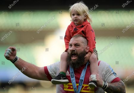 Joe Marler of Harlequins celebrates after the final whistle of the match
