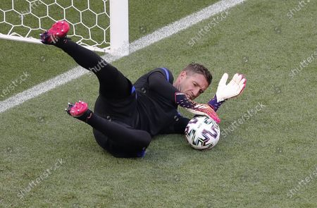 Goalkeeper Maarten Stekelenburg of the Netherlands attends his team's training session in Budapest, Hungary, 26 June 2021. The Netherlands will face the Czech Republic in their UEFA EURO 2020 round of 16 soccer match on 27 June 2021.