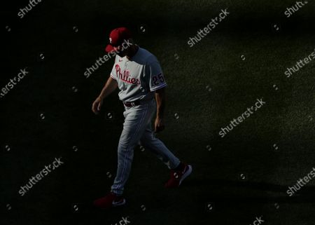 Philadelphia Phillies manager Joe Girardi changes pitchers in the 7th inning against the New York Mets at Citi Field on Saturday, June 26, 2021 in New York City.