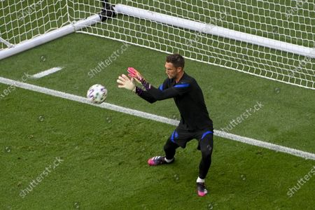 Goalie Maarten Stekelenburg of the Netherlands warms up prior to the UEFA EURO 2020 round of 16 soccer match between the Netherlands and the Czech Republic in Budapest, Hungary, 27 June 2021.