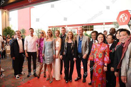 Jeff Beacher, Carter Reum, Paris Hilton, Nicky Hilton, Tessa Gräfin von Walderdorff, Barron Hilton II, Kathy Hilton, Richard Hilton, Lim Kok Thay and Cecilia Lim