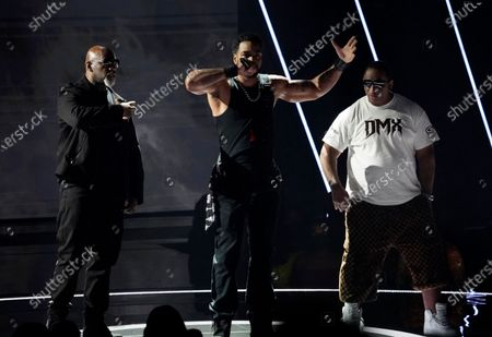 Stock Image of Method Man, center, performs a tribute to late rapper DMX at the BET Awards, at the Microsoft Theater in Los Angeles
