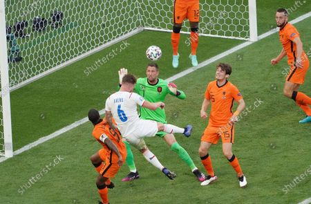 Tomas Kalas of Czech Republic and Maarten Stekelenburg of the Netherlands during the UEFA EURO 2020, Round of 16 match between Netherlands-Czech Republic at the Ferenc Puskas Arena in Budapest