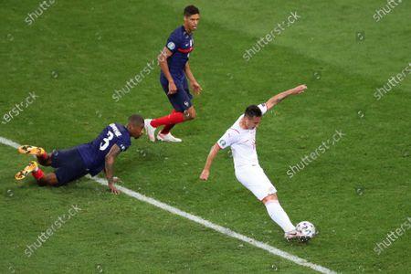 Mario Gavranovic of Switzerland scores his side's equalising goal to make the score 3-3