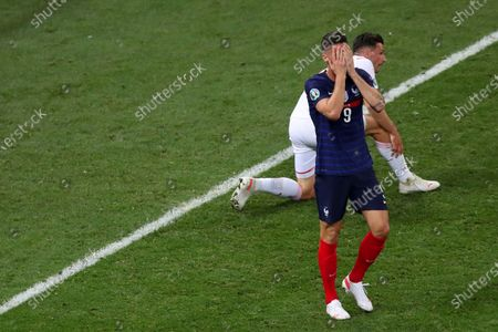 Olivier Giroud of France shows a look of dejection after failing to score