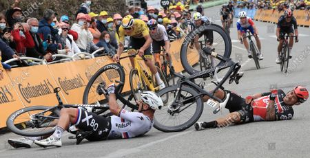 Australian rider Caleb Ewan (R) of the Lotto Soudal team and Slovakian rider Peter Sagan of the Bora-Hansgrohe team crash shortly before the finish line of the 3rd stage of the Tour de France 2021 over 182.9 km from Lorient to Pontivy, France, 28 June 2021.