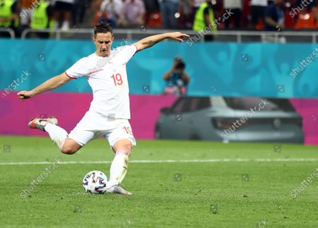 Mario Gavranovic of Switzerland scores the 1-0 in the penaly shoot out during the UEFA EURO 2020 round of 16 soccer match between France and Switzerland in Bucharest, Romania, 28 June 2021.
