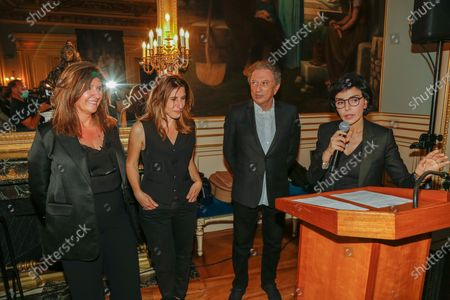 """Francoise Smadja, Nathalie Levy, Michel Drucker and the Mayor of the 7th, Rachida Dati during the evening given to the Mayor of the 7th arrondissement of Paris for the fifth edition of the festival """"Des Livres Des Stars"""" in Paris on June 26, 2021."""