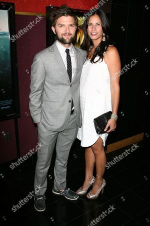 Adam Scott and wife Naomi Sablan