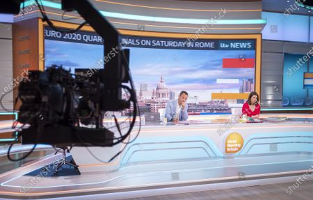Stock Picture of Martin Lewis and Susanna Reid