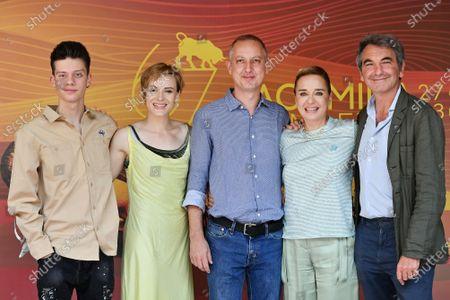 Leon de la Vallee, Maria Roveran, the director Claudio Cupellini, Valeria Golino, the producer Nicola Giuliano