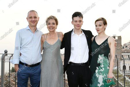 Stock Photo of Director Claudio Cupellini, Valeria Golino, Leon de la Vallee, Maria Roveran
