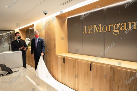 Jamie Dimon, CEO of JP Morgan, Emmanuel Macron, President of the Republic, at the inauguration of the Paris offices of JP Morgan Bank