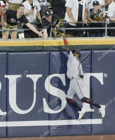 Minnesota Twins center fielder Nick Gordon (1) catches then drops the three run home run ball by Chicago White Sox Yasmani Grandal (24) during the fifth inning of baseball at Guaranteed Rate Field in Chicago on Wednesday, June 30, 2021.