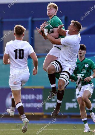 Ireland vs England. Ireland's Jamie Osborne and Jack Clement of England