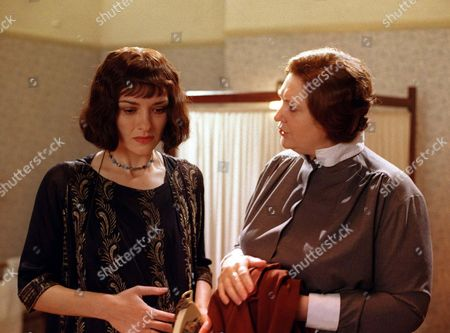 Episode 11: Friday 13 February 1998 Ruth Bannerman (Victoria Scarborough) who has pains in her stomach, has rushed to consult her midwife, Margaret Newman (Christine Moore).