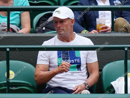 Stock Image of Emma Raducanu's coach Nigel Sears during her third round match