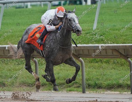 Stock Picture of , 2021, Wilmington, DE, USA: Crazy Beautiful, #7, ridden by jockey Mike Smith wins the Delaware Park Oaks (Grade 3) on , at Delaware park in Willington, Delaware. Scott SerioEclipse SportswireCSM